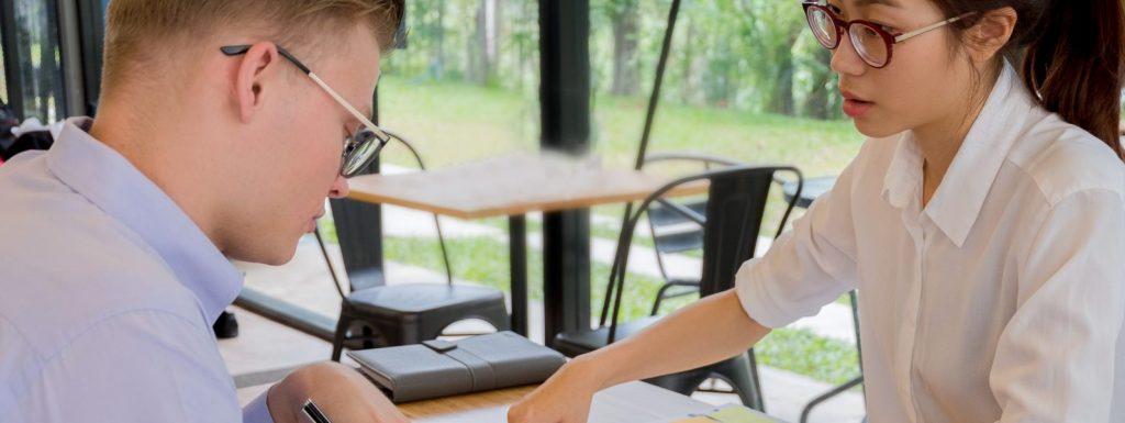 Canva Woman and Man Sitting Facing Table e1574687073464 1024x385 - Cours de préparation TEF